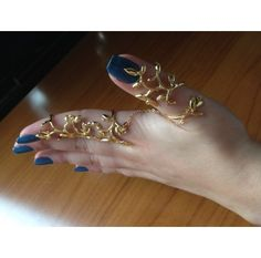 #Moveable #double #finger #handmade ring, with a #chain that adds an #original touch   'http://www.ananasa.com/movable-double-finger-ring-with-chain-cuff-ring.html