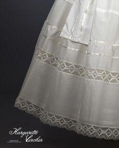 Margarita Vercher Afro, Margarita, Lace Skirt, Diy And Crafts, Underwear, Victoria Secret, Ballet Skirt, Victorian, Sewing