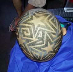 multiple star hair design for men hairtattoo Star Haircut, Fade Haircut, Boys Haircuts With Designs, Haircuts For Men, Undercut Hairstyles, Boy Hairstyles, Star Hair Design, Shave Designs, Hair Tattoo Designs
