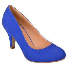 Women's Journee Collection Round Toe Solid Color Pumps