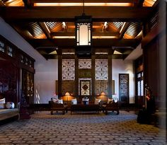 Aman at Summer Palace - Beijing - lobby (dk wood, dk furniture and pattern) Chinese Design, Asian Design, Chinese Style, Chinese Interior, Asian Interior, Asian Architecture, Interior Architecture, Interior Design, Lofts