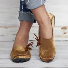 Women Flocking Flats Round Toe Style With Bownot Plus Sizes – cuteshoeswear loafers with socks loafers style loafers for women outfit cute loafers brown loafers Loafers With Socks, Brown Loafers, Casual Loafers, Loafers For Women Outfit, Baskets, Lace Up Flats, Womens Flats, Fashion Shoes, Flocking