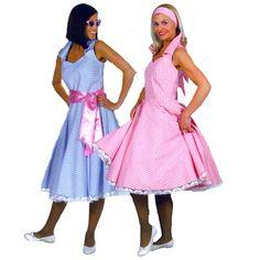 B.B. Bleu code produit : 947-061 à 947-063 1 pièce : Robe. Tailles 36, 40 et 44 et  B.B. Rose code produit : 47-065 et 47-066 1 pièce : Robe. Tailles 38 et 42.