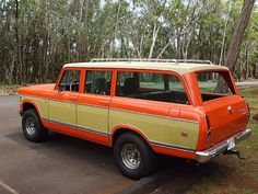 1975 International Travelall Picture 2 International Travelall, International Harvester Truck, International Scout, Vintage Trucks, Old Trucks, Utility Truck, Girls Showing Off, Old Boats, Jeep Truck