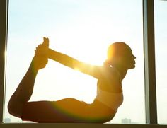celebrities who do yoga
