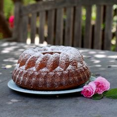 Having a good recipe for pound cake in your repertoire is a wonderful thing