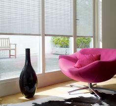 Au bureau ou à la maison, le store plissé, apporte douceur et raffinement…