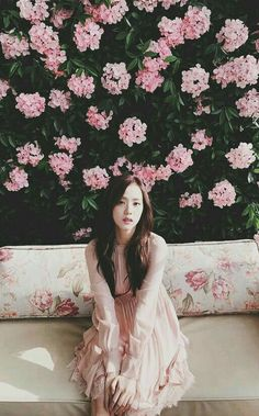 Blackpink Jisoo - All For Simple Hair Blackpink Jisoo, Kim Jennie, Kpop Girl Groups, Korean Girl Groups, Kpop Girls, Forever Young, K Pop, Square Two, Black Pink ジス