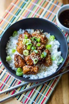 Rice bowls have all the goodness in them. Korean chicken is my favorite. Sweet And Spicy Chicken, Sticky Chicken, Baked Chicken, Chicken Meals, Cilantro Lime Slaw, Salmon With Avocado Salsa, Chicken Rice Bowls, Chicken Bites, Vegetarian Recipes