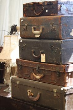 Would love to find some vintage suitcases and trunks like these.  <3