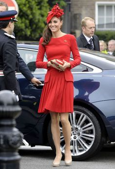 Middleton was born at Royal Berkshire Hospital in Reading on 9 January 1982 and christened at St Andrew's Bradfield, Berkshire on 20 June 1982.She is the eldest of three children born to Carole a former flight attendant and now part-owner of Party Pieces.