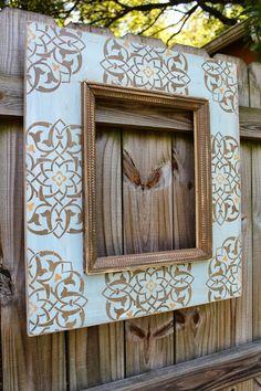 Delta Girl Distressed Frames: spanish style home gallery Frame Crafts, Diy Frame, Photo Craft, Diy Photo, Rustic Picture Frames, Delta Girl, Distressed Frames, Spanish Style, Decorative Items