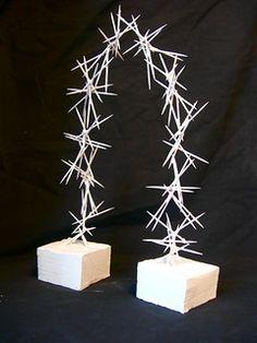 Quirky Diy Projects, 3d Projects, Cardboard Sculpture, Paper Sculptures, Toothpick Sculpture, Line Sculpture, 6th Grade Art, Sculpture Projects, High School Art