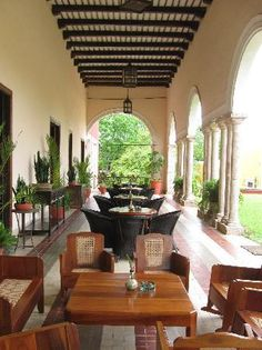 i want my house to look like an hacienda