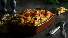 Making casserole for breakfast is an excellent idea as it makes you full. So try pasta bake casserole with ground beef and cheese to start your day. Keto Casserole, Breakfast Casserole, Casserole Recipes, Crockpot Recipes, Keto Recipes, Breakfast Recipes, Cooking Recipes, Chicken Casserole, Mexican Casserole
