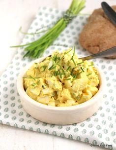 Eiersalade met bieslook - Mind Your Feed Tapas, Deviled Egg Salad, Air Fryer Recipes Breakfast, Protein Salad, Steamed Eggs, Salad Recipes, Healthy Recipes, Brunch, Feel Good Food