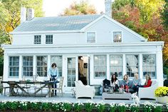 The Real Housewives of New York visited Countess Luann's new summer house.
