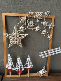 Christmas Crafts, Christmas Decorations, Xmas, Christmas Tree, Christmas Ornaments, Holiday Decor, Newspaper Crafts, String Art, Yule