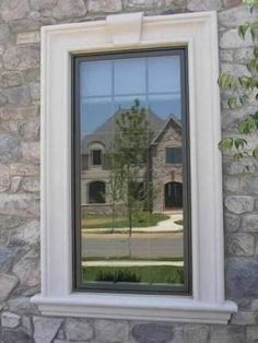 Dark window with white keystone trim House Design, Farmhouse Windows, Windows Exterior, Exterior Design, Window Design, Modern Farmhouse Exterior, Window Trim Exterior, Exterior Trim, Fake Window
