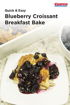 Fresh blueberries + croissants = a great way to start your day. Blueberry Recipes, Fruit Recipes, Brunch Recipes, Dessert Recipes, Cooking Recipes, Brunch Ideas, What's For Breakfast, Breakfast Items, Breakfast Dishes