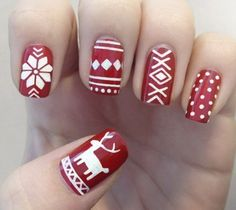like an xmas sweater on your nails :)