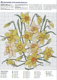 "Photo from album ""Laura Ganchillo"" on Yandex. Free Cross Stitch Charts, Filet Crochet Charts, Cross Stitching, Cross Stitch Embroidery, Embroidery Patterns, Cross Stitch Designs, Cross Stitch Patterns, Flower Chart, Cross Stitch Cushion"