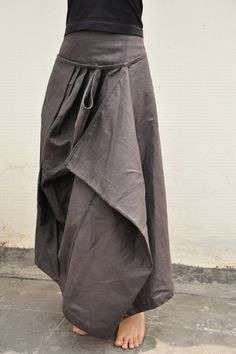 long folded grey skirt