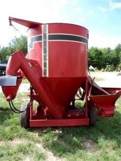 GEHL 125 Grinder Mixer