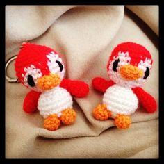 Pingüino Amigurumi - Patrón Gratis en Español aquí: http://www.neusitas.com/destacados/mini-pinguino-amigurumi/