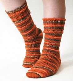 Mary Maxim - Ribbed Cuff Socks Pattern - Free Patterns - Patterns & Books