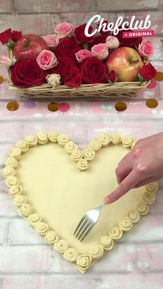 Cake Decorating Tips, Cake Decorating Techniques, Valentines Baking, Food Decoration, Sweet Desserts, Sweet Recipes, Chef Club, Bread Art, Romantic Dinner Recipes
