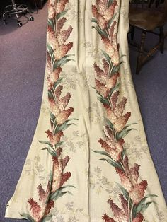 One pair Vintage floral 1940s nubby 84 inch red hot