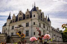 Valle Del Loire Francia, Loire Valley France, Sleeping Beauty 1959, Fantasy Castle, Castle Ruins, The Secret History, Oui Oui, Vacation Spots, Barcelona Cathedral
