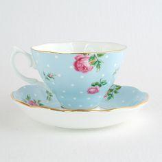 "Tasse de style anglais Royal Albert ""Polka blue"" - Bols, livres et objets Camelia Sinensis"