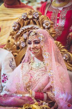 Looking for Polki bridal jewellery for bride with vintage Nath? Browse of latest bridal photos, lehenga & jewelry designs, decor ideas, etc. on WedMeGood Gallery. Bridal Mehndi Dresses, Indian Bridal Outfits, Indian Bridal Fashion, Bridal Dupatta, Wedding Wear, Wedding Suits, Farm Wedding, Wedding Couples, Boho Wedding