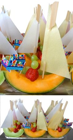 Gezonde traktatie voor op school, met meloen, aardbei en druif en een zeiltje va Healthy treat for school, with melon, strawberry and grape and a tarpaulin from … – # healthy Healthy Birthday Treats, Kids Birthday Treats, Party Treats, Healthy Snacks For Kids, Healthy Treats, Classroom Snacks, Kawaii Dessert, Weird Food, Happy Foods