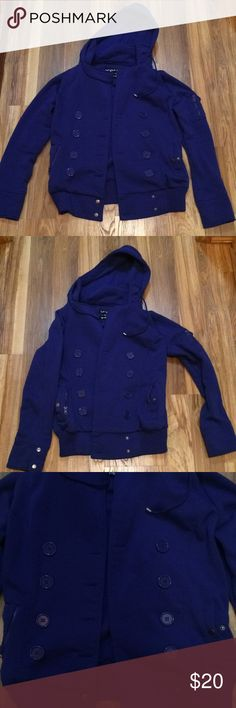 WOMENS FALL/WINTER JACKET Great condition and worn only few times Jackets & Coats