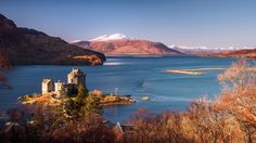 I stopped at Eilean Donan Castle (again) on my way to Skye to snap it in the morning sunlight. https://www.picturedashboard.com