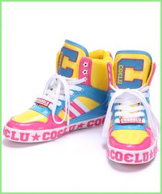 商品写真 Kawaii Shoes, Kawaii Clothes, Textiles Y Moda, Look Man, Fashion Shoes, Fashion Outfits, Chunky Shoes, Character Outfits, Custom Shoes