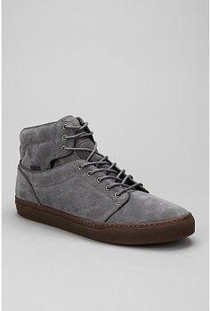 I like it - OTW By Vans / Suede Alomar Sneake Vans Suede, Photo Sessions, Urban Outfitters, High Top Sneakers, Leather, Shopping, Design, Fashion, Moda