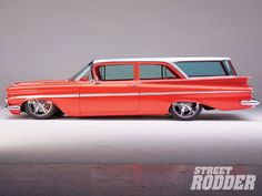 1959 Chevy Impala And Biscayne Brookwood Wagon. I could totally see Henry and me cruising around in this!
