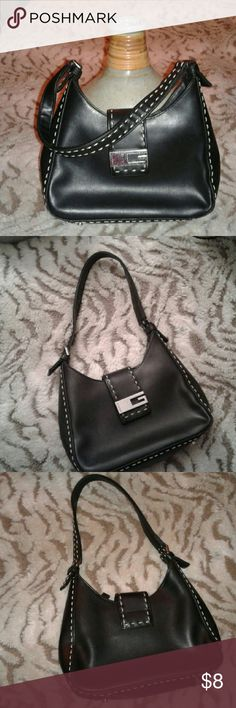 Guess Purse Great Condition Guess Bags