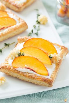 Fresh Peach Tart wit