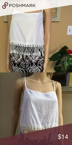 Cute white crop top Charlotte Russe size small but fits like a large Charlotte Russe Tops Crop Tops