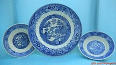 Vintage Willow Ware Blue Royal China Plate and by 17thandnewport, $14.99