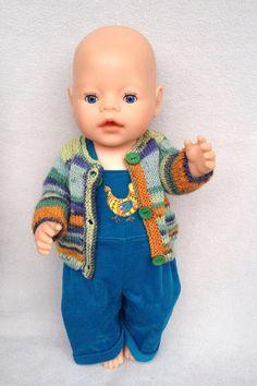 Puppenkleidung - Puppen-Latzhose mit passender Strickjacke - ein Designerstück von Marie-und-Mariechen bei DaWanda