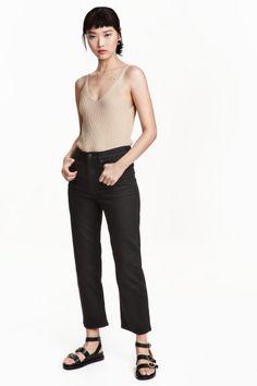 Cropped High Jeans: 5-pocketjeans van elastisch, gewassen denim met een hoge taille en rechte, driekwart pijpen.