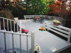Before the outdoor entertaining season gets into full swing, it's a good idea to run through your deck through our safety checklist to make sure you'll be on solid footing.