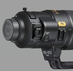 Nikon Canada AF-S NIKKOR FL ED VR is a Professional Super-Telephoto Zoom Lens for Sports and Wildlife Photography with Built-In Teleconverter Which Can Be Easily Engaged at the Flick of a Switch: Very Fast Subject Capture & Locked Nikon Lenses, Nikon Dx, Nikon Digital Camera, Camera Nikon, Digital Cameras, Gopro, Super Telephoto Lens, Formation Photo, Camera Hacks