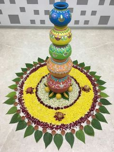Floral dec Housewarming Decorations, Diwali Decorations, Stage Decorations, Festival Decorations, Flower Decorations, Rangoli Designs Flower, Rangoli Ideas, Flower Rangoli, Diwali Diy